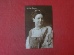 > Iceland  RPPC    H.M. De Koningin   Circa 1910   Ref 1444 - Iceland