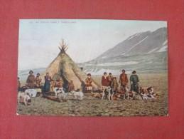 Eskimo  Family Greenland   Ref 1444 - Customs