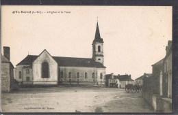 DERVAL . L'Eglise Et La Place . - Derval