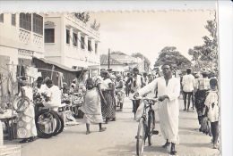 23931  COTONOU -  Ed Armor Bouinvy -scene De Rue Marché Velo - Benin