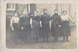 23958 Carte Photo Femmes Sans Doute En Normandie  France  Peut Etre Biville La Baignarde