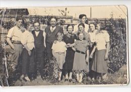 23960 Carte Photo Famille Sans Doute En Normandie  France  Peut Etre Biville La Baignarde Et Famille Leheurteux ? - A Identifier