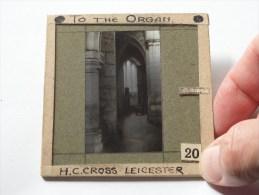 H. C. Cross Leicester To The Organ ( U.K. Leicester ) : Plaat +/- 8 X 8 Cm. ( Zie Foto Voor Details ) ! - Plaques De Verre