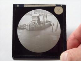 Identify / Identificier / Identificeer ( U.K. OLD SHIP / Bateau ) : Plaat +/- 8 X 8 Cm. ( Zie Foto Voor Details ) ! - Glasplaten