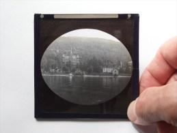 Identify / Identificier / Te Identificeren ( Lake Castle / ? U.K. ? ) : Plaat +/- 8 X 8 Cm. ( Zie Foto Voor Details ) ! - Plaques De Verre
