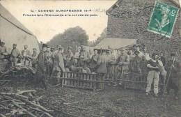 Guerre 14-18 - Prisonniers Allemands à La Corvé De Pain - Guerre 1914-18