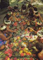 "French Polynisia CPA Tahiti Un ""tamaaraa"" (Repas Tahitien) A Tahitian Feast MAHINA 1982 To Denmark Fish Fische (2 Scans) - Französisch-Polynesien"