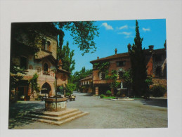 PIACENZA - Grazzano Visconti - Piazza Luigi Visconti