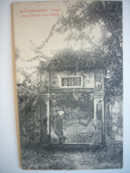 CPA Vietnam Indochine Cochinchine Saigon - Porte D'entrée D'une Pagode - Poujade De Ladevèze - Marin Casque Colonial - Vietnam