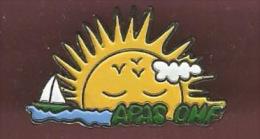 36329-Pin's.Apas-ONF .association pour l'action sociale � l'Office National des For�ts.