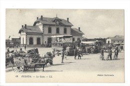 L 1603 - Oudjda La Gare Autobus Et Calèche - Maroc