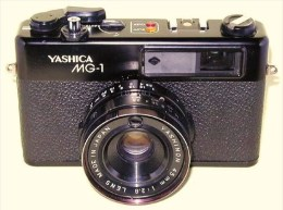 YASHICA MG-1 35mm SLR Avec Lentille YASHINON 45mm 12.8 + Housse Yashica - Appareils Photo
