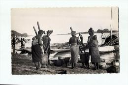 CPSM Afrique Occidentale Française, Preparation Du Repas Au Bord Du Niger ,non écrite - Niger