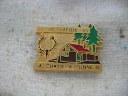 Pin�s de la Chasse � Etienne G.   88-La Chapelle-54