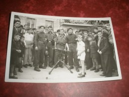 BELLE CARTE PHOTO 16 SEPTEMBRE 1944  LIBERATION LA MOTHE SAINT- HERAY DANS LES DEUX SEVRES