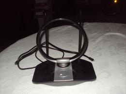 ANTENNE INTERIEURE TELEVISION  ALIMENTATION SECTEUR - Television