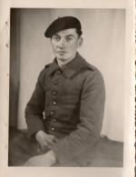 Photo , Militaire Sans Signes Distinctifs, Stalag 11.E   ( 43.13) - Guerre, Militaire