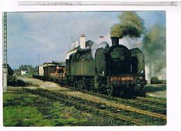 CPM   TRAIN  ARRIVEE GARE DE PAIMPOL1976                  CB 348 001 - Paimpol