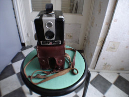 APPAREIL PHOTO  KODAK  BROWNIE FLASH  Caméra  Hawkeye - Appareils Photo