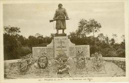 CP.  22.  PLESLIN.  LE  MONUMENT  AUX  MORTS - France