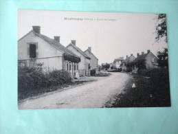 Cpa 03 - MONTBEUGNY - Route De Lusigny - Francia