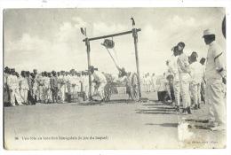 ALGERIE - Une Fête Au Bataillon Sénégalais, Le Jeu Du Baquet ( Colomb Béchard ) - Szenen