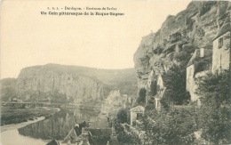 24 - Environs De SARLAT - Un Coin Pittoresque De La Roque-Gageac - Sarlat La Caneda