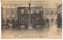 Paris La Grande Crue De La Seine Janvier 1910 La Cour De L´école Des Beaux Arts - Alluvioni Del 1910
