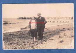 CPA Photo - BRUNSHAUPTEN ( Kühlungsborn ) - Couple à La Plage - 1922 - Kuehlungsborn