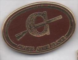 Beau Pin´s En Zamac , Chapuis Armes France , Fusil Chasse - Animals