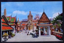 Bangkok. *Inside The Emerald Buddha Temple...* Nueva. - Tailandia