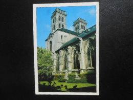 (55) Carte Postale VERDUN : Basilique Cathédrale Vue Du Cloitre - Verdun