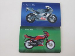 GPT Phonecard,103SIGB,C Motorcycle,two Cards,used(one Card Edge A Little Damaged) - Singapour