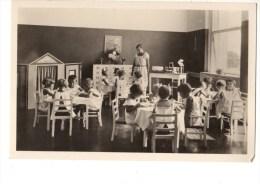 C P S M- C P M----AUTRICHE--kindergart En Der Stadt Wien-sandleiten-mittagessen----voir 2 Scans - Unclassified
