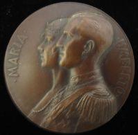 M01694 MARIA  UMBERTO - DUE CUORI UNITI DUE POPOLI AMICI 1930 (124 Gr) - Royaux/De Noblesse
