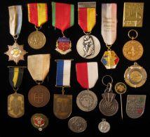 M01707 DIVERS PAYS 25 Médailles - TIR SCHOT SCHUSS TELL SEBASTIEN ARBALETE ARQUE