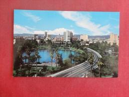 California> Los Angeles   Wilshire Blvd   ref 1457