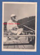 Photo ancienne - Un p�cheur sur son bateau
