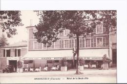 Barbezieux. Hôtel De La Boule D'Or. Auto. Animation. Carte D'une Extrême Netteté... - Other Municipalities