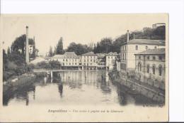 1 Cpa. Angoulême. Usine à Papier Sur La Charente - Angouleme
