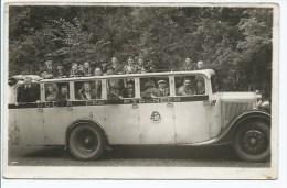 Aou@ PHOTO TRES ANIMEE GROS PLAN ANCIEN BUS AUTOBUS CAR AUTOCAR, ROUTE DES PYRENEES (ATTENTION CE N´EST PAS UNE CP) - Busse & Reisebusse