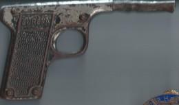 Pistolet � fl�chettes/  Eur�ka/ Ann�es 1950?       JE102