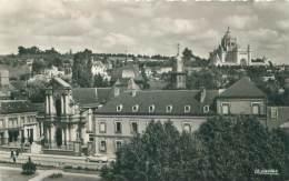 14 - LISIEUX - La Basilique Et La Chapelle Du Carmel - Lisieux