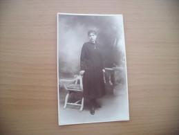 CARTE PHOTO JEUNE FEMME....PHOTO G.OUVIERE A MARSEILLE - Femmes