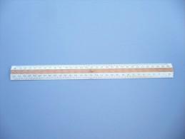 Triple Décimètre En  BOIS De 30 Cm -. Année 50/60 - 5 Scannes. - Unclassified
