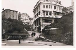 BIARRITZ - Descente à La Plage - La Cigogne 64 122 10 - Petite Carte - Biarritz