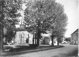 Valli�re L'Eglise et la Fontaine Pierre Daubusson Bon Etat traces encollage au  verso