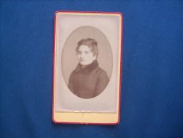 Photo CDV Octavo à Nérac  - Portrait Femme En Manteau  L161 - Photographs