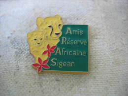 Pin�s des Amis de la R�serve Africaine de SIGEAN