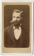 Photo CDV Identifiée 1870-Monsieur Dupré-photo J. Raynaud Peintre Et Photographe à La Plaine-Hédarieux (Hérault) TB état - Antiche (ante 1900)